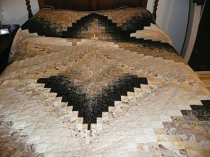Bargello Quilt Bed Cover Image