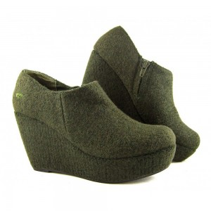 Boiled Wool Shoe Picture
