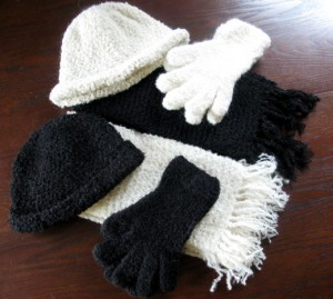 Boucle Hats and Gloves Picture