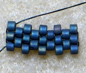 Pictures of Odd Count Flat Peyote Stitch Instructions