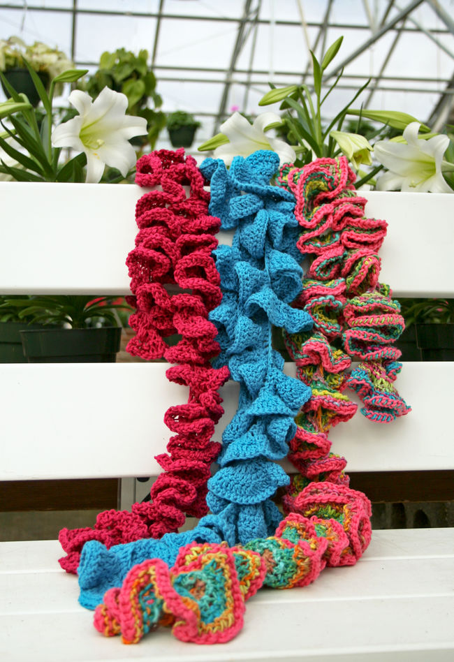 Potato Chip Scarf Knitting Pattern : Potato Chip Scarf Knitting and Crochet Tutorial, Video, Patterns Stitch Pie...