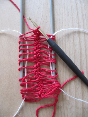 Hairpin Lace Picture 6