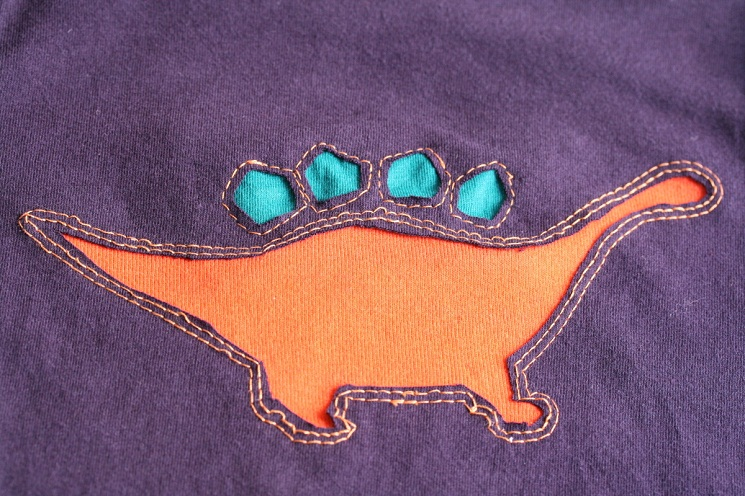 Reverse appliqué tutorial and pattern designs stitch