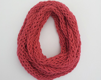 How To Finger Knit A Scarf Tutorial And Patterns