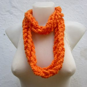 Finger Knit Rope Scarf